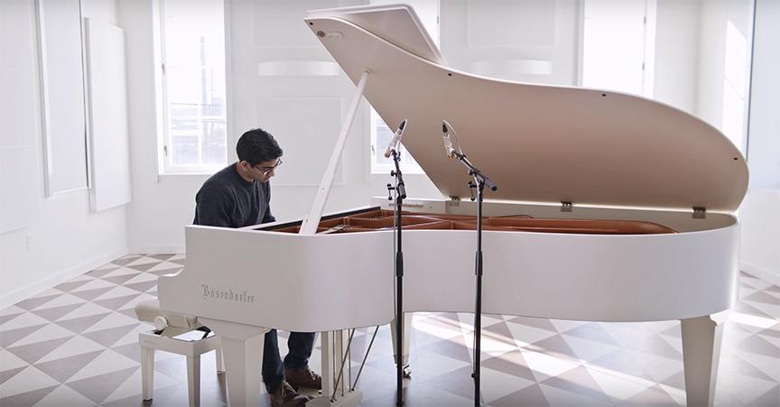 013 TUBE: Grand Piano